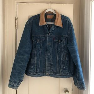 Vintage Levi's denim jacket!
